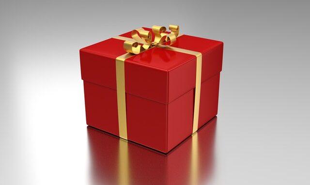 fin rød gave