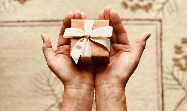 gave til brudepar